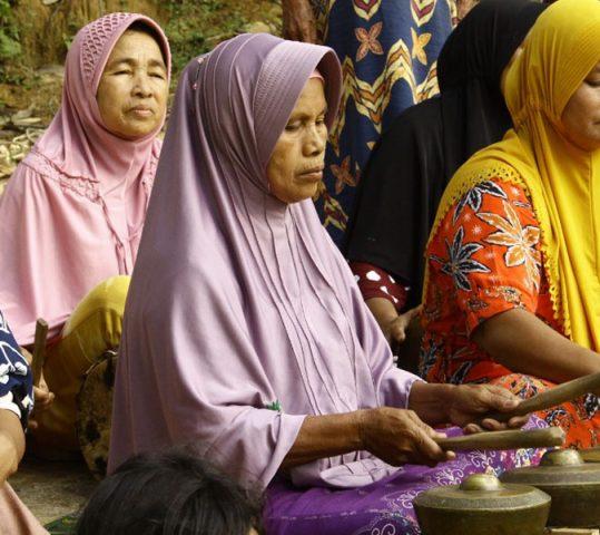 Eksistensi Perempuan Adat di Kenegerian Batu Songgan