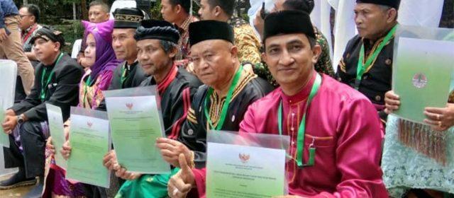 Jalan Panjang Pengembalian Hak Masyarakat Adat Atas Hutan di Kampar Riau
